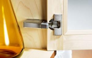 Miles de referencias en accesorios de cocina incluso lo for Bisagra puerta cocina