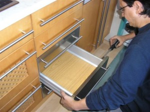 Has pensado en renovar los muebles de la cocina for Reparacion muebles de cocina